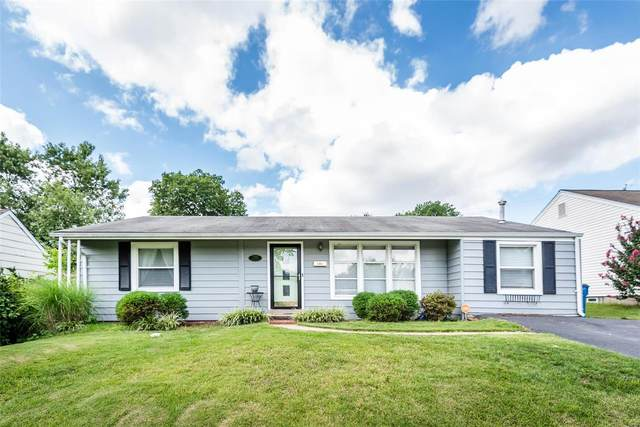 7040 Circleview Drive, St Louis, MO 63123 (#20055589) :: The Becky O'Neill Power Home Selling Team