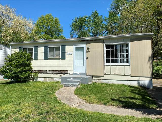 1153 Scott Avenue, St Louis, MO 63138 (#20055662) :: The Becky O'Neill Power Home Selling Team