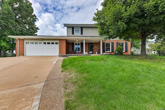 6 Windsor Court, Saint Charles, MO 63301 (#20055740) :: The Becky O'Neill Power Home Selling Team