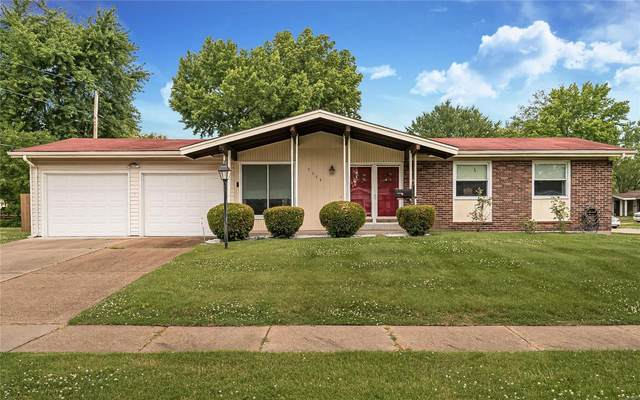 2349 Urbandale Drive, Florissant, MO 63031 (#20055802) :: Clarity Street Realty