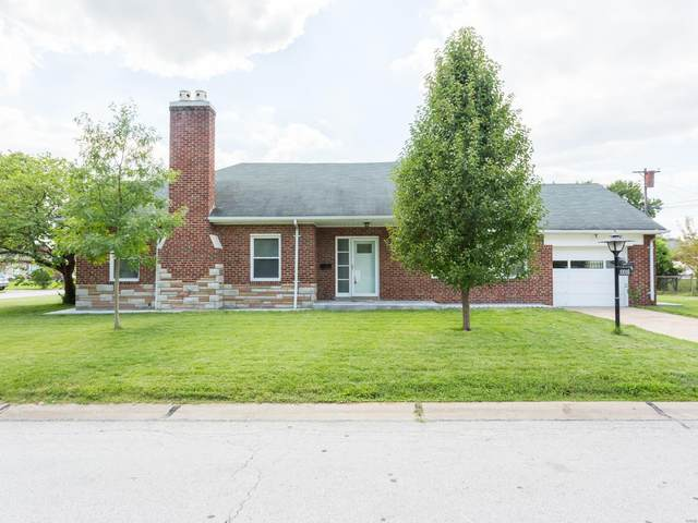 10016 Coventry Lane, St Louis, MO 63123 (#20055830) :: RE/MAX Vision