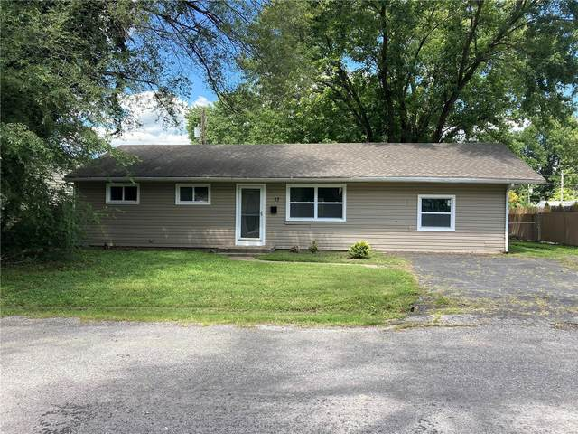 27 Lillian Drive, Belleville, IL 62226 (#20056007) :: Tarrant & Harman Real Estate and Auction Co.