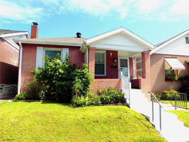 4339 Delor Street, St Louis, MO 63116 (#20056306) :: The Becky O'Neill Power Home Selling Team