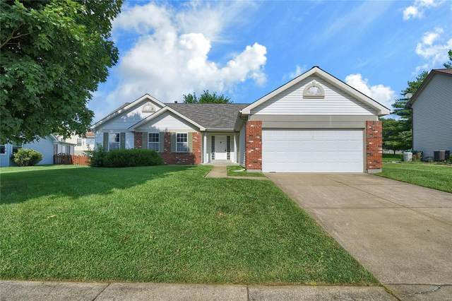 3887 Affirmed, Florissant, MO 63034 (#20056318) :: The Becky O'Neill Power Home Selling Team