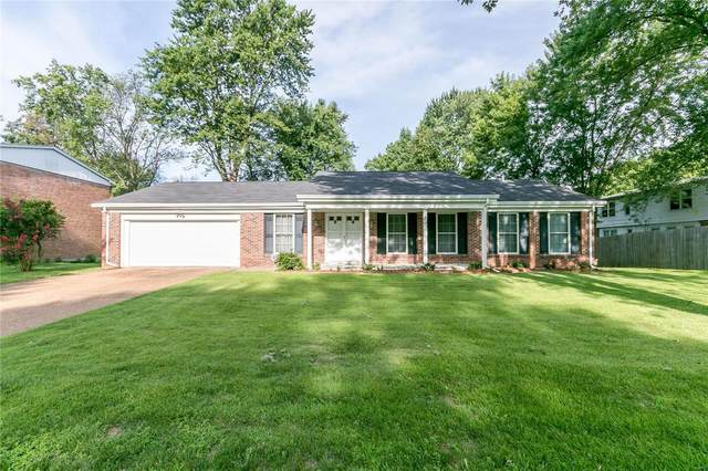 12592 Larkwood Drive, St Louis, MO 63146 (#20056331) :: The Becky O'Neill Power Home Selling Team