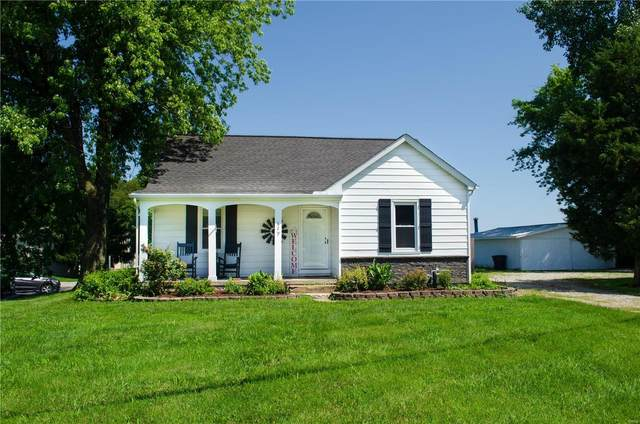 629 E Washington, Millstadt, IL 62260 (#20056355) :: Kelly Hager Group | TdD Premier Real Estate