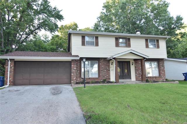 5717 Hidden Cove Lane, Florissant, MO 63034 (#20056419) :: The Becky O'Neill Power Home Selling Team