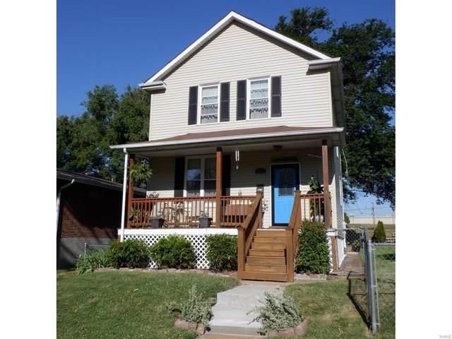 3233 Portis Avenue, St Louis, MO 63116 (#20056486) :: Hartmann Realtors Inc.