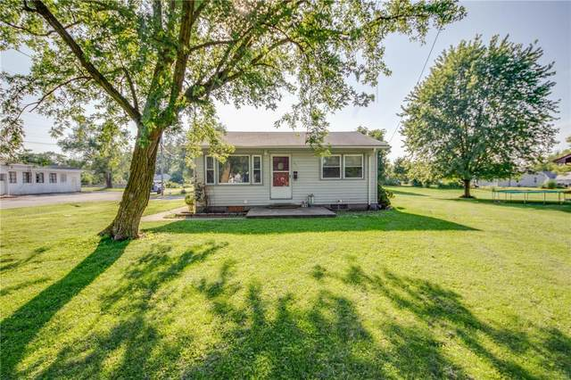 800 Sumner Street, Jerseyville, IL 62052 (#20056837) :: The Becky O'Neill Power Home Selling Team