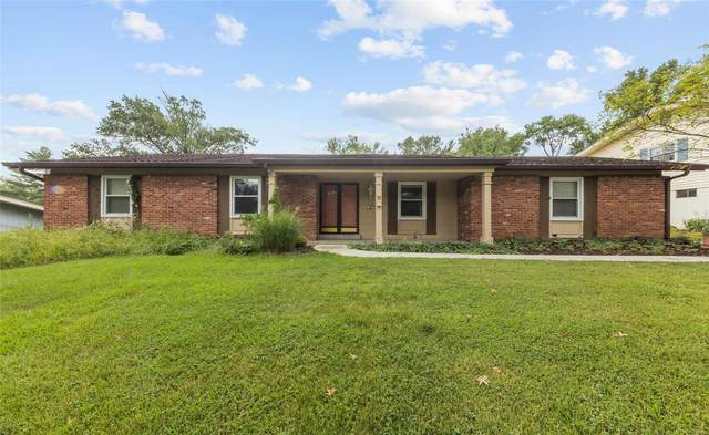 808 Clayworth Drive, Ballwin, MO 63011 (#20057100) :: The Becky O'Neill Power Home Selling Team