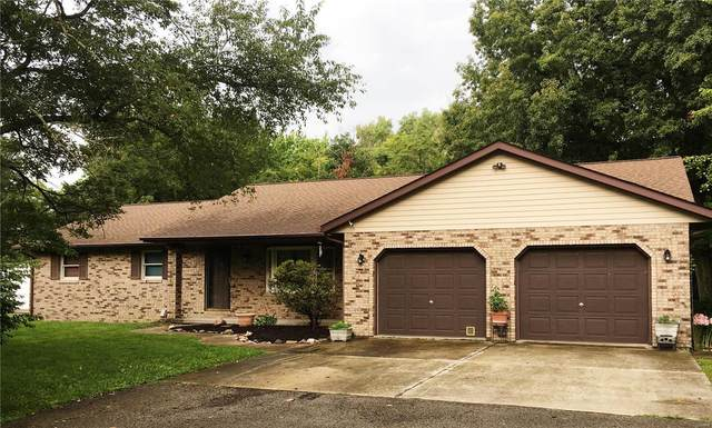 45 Stone Drive, Highland, IL 62249 (#20057137) :: The Becky O'Neill Power Home Selling Team