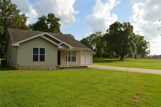 200 N Park Manor, Lebanon, MO 65536 (#20057268) :: The Becky O'Neill Power Home Selling Team