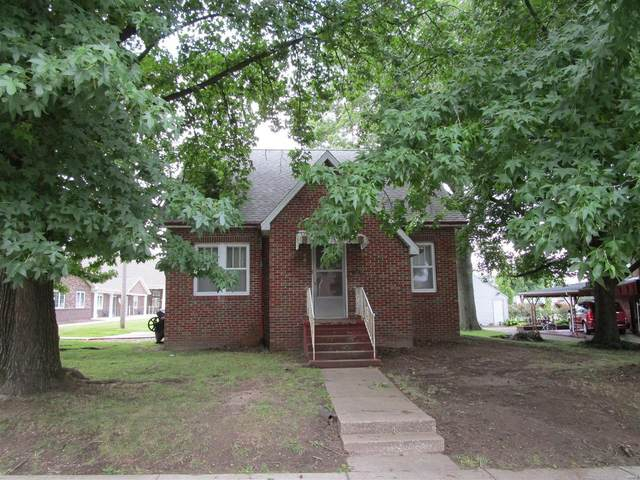 117 W College, SPARTA, IL 62286 (#20057495) :: The Becky O'Neill Power Home Selling Team