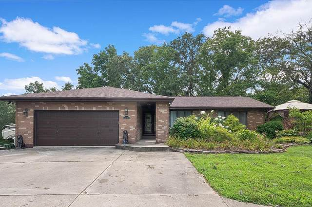 3030 Cedar Ridge Lane, Waterloo, IL 62298 (#20057822) :: The Becky O'Neill Power Home Selling Team