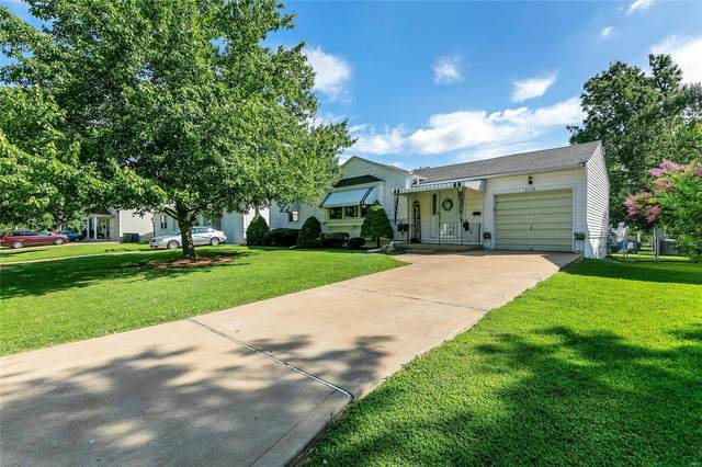 6130 Archwood Lane, St Louis, MO 63123 (#20057902) :: The Becky O'Neill Power Home Selling Team