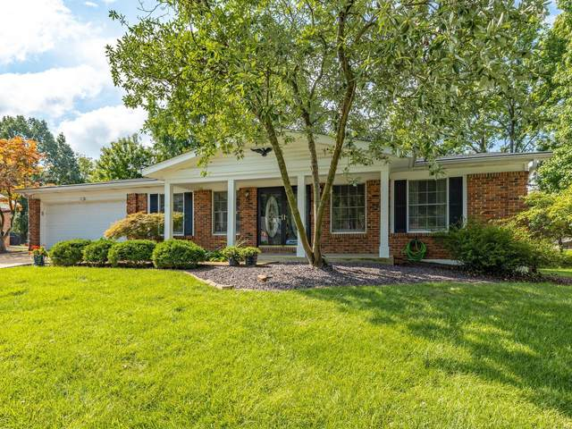 15734 Plymton, Chesterfield, MO 63017 (#20058475) :: St. Louis Finest Homes Realty Group