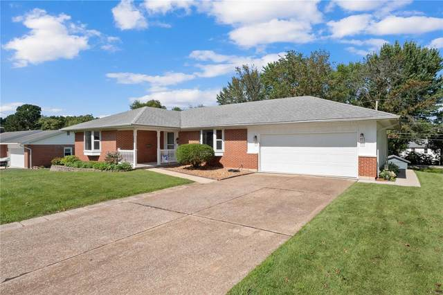 978 N Briegel Street, Columbia, IL 62236 (#20060681) :: The Becky O'Neill Power Home Selling Team