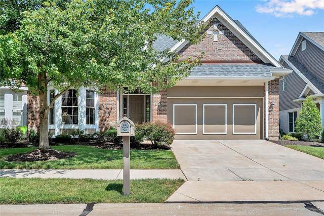 986 Chesterfield Villas Circle, Chesterfield, MO 63017 (#20060727) :: The Becky O'Neill Power Home Selling Team