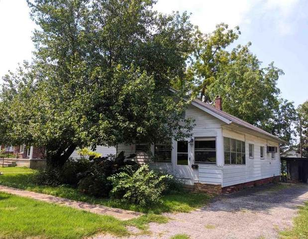 909 N 13th Street, HERRIN, IL 62948 (#20060762) :: The Becky O'Neill Power Home Selling Team