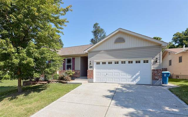 11925 Loxley Lane, Maryland Heights, MO 63043 (#20060788) :: The Becky O'Neill Power Home Selling Team