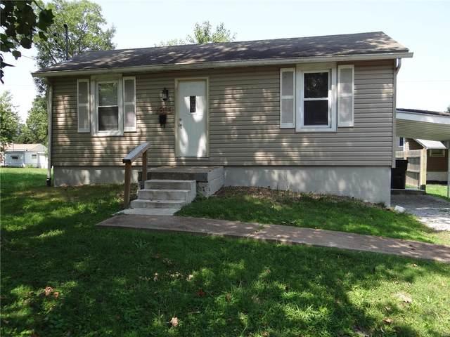 1815 E B Street, Belleville, IL 62221 (#20061130) :: Parson Realty Group