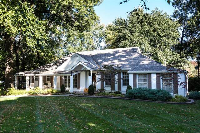 9 Ladue Ridge, St Louis, MO 63124 (#20061334) :: Kelly Hager Group | TdD Premier Real Estate