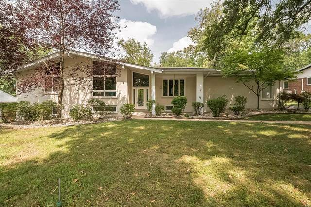 2 Spoede Woods, St Louis, MO 63141 (#20061416) :: The Becky O'Neill Power Home Selling Team