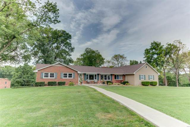 2925 Kandahar Drive, Saint Charles, MO 63303 (#20062683) :: The Becky O'Neill Power Home Selling Team