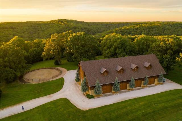 373 River Valley Ranch, Linn Creek, MO 65052 (#20063274) :: The Becky O'Neill Power Home Selling Team