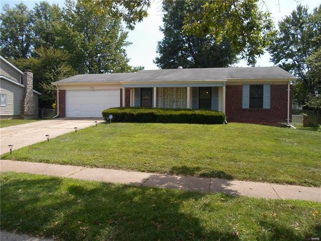 1766 Arrowpoint Drive, St Louis, MO 63138 (#20063289) :: The Becky O'Neill Power Home Selling Team
