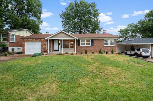 4817 Mohegan Drive, St Louis, MO 63123 (#20063446) :: Kelly Hager Group | TdD Premier Real Estate