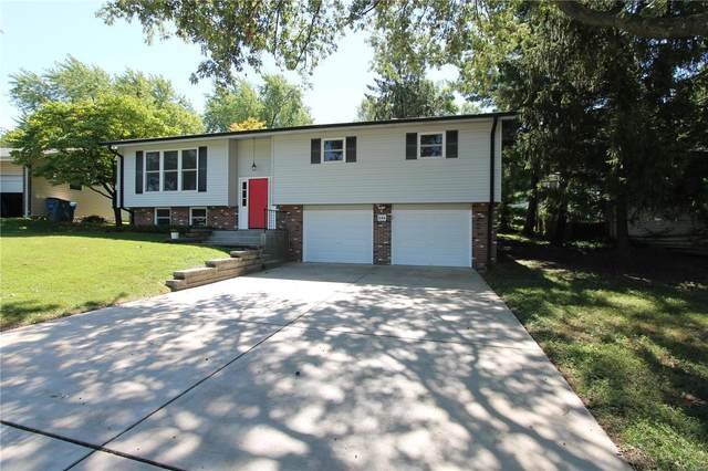 644 Rebecca, Saint Charles, MO 63301 (#20064549) :: The Becky O'Neill Power Home Selling Team