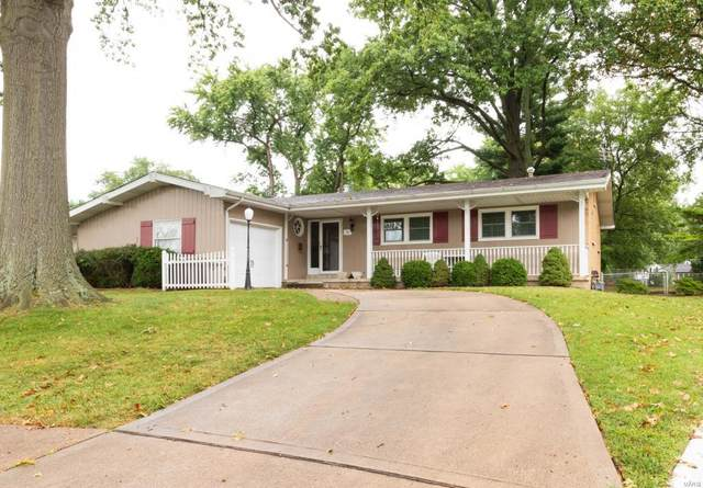 8 Lila Lane, Florissant, MO 63033 (#20064847) :: The Becky O'Neill Power Home Selling Team
