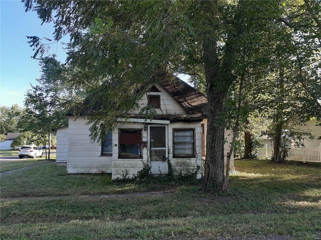722 Robin Street, Greenville, IL 62246 (#20065215) :: Kelly Hager Group | TdD Premier Real Estate