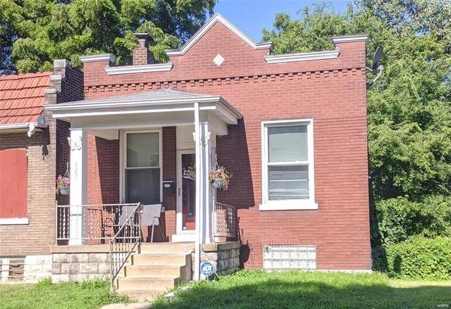 4231 Iowa Avenue, St Louis, MO 63111 (#20065737) :: Hartmann Realtors Inc.