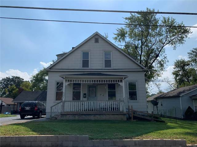 2704 Walton Road, St Louis, MO 63114 (#20065802) :: PalmerHouse Properties LLC