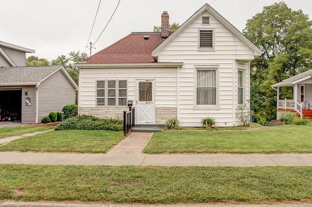 658 Burroughs Avenue, Collinsville, IL 62234 (#20066063) :: The Becky O'Neill Power Home Selling Team