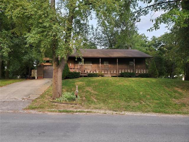 924 N 5th, Belleville, IL 62226 (#20066081) :: RE/MAX Professional Realty