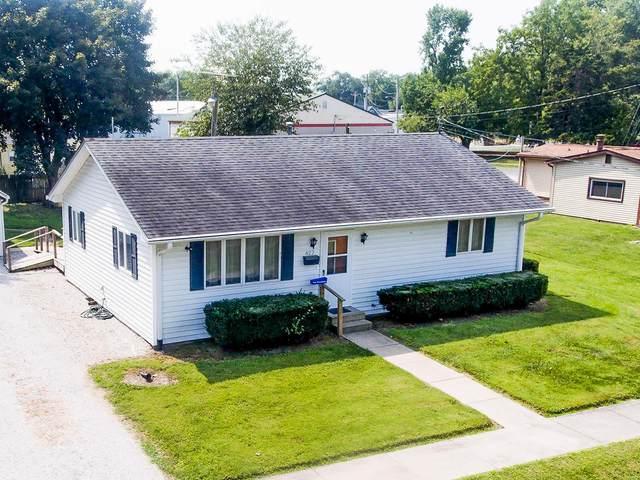 422 W Mill Street, STAUNTON, IL 62088 (#20066526) :: Tarrant & Harman Real Estate and Auction Co.