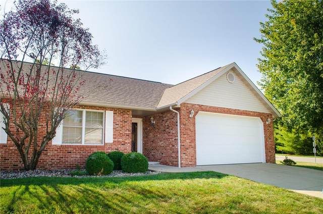7620 Baxter Drive, Belleville, IL 62223 (#20067151) :: Parson Realty Group
