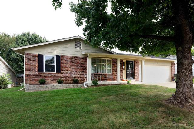 2728 Mcclay Valley Boulevard, Saint Peters, MO 63376 (#20067268) :: Kelly Hager Group | TdD Premier Real Estate