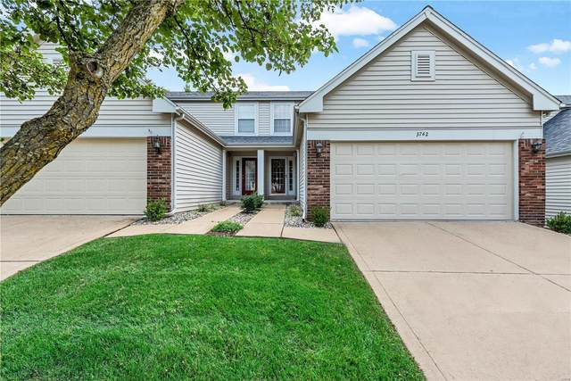 3762 Southern Manor Drive, St Louis, MO 63125 (#20067555) :: Parson Realty Group