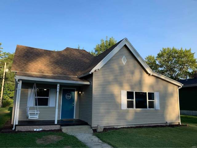442 S Jenkins, Centralia, MO 65240 (#20068148) :: The Becky O'Neill Power Home Selling Team