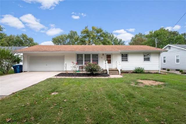 208 N 9th Street, New Baden, IL 62265 (#20068640) :: RE/MAX Vision