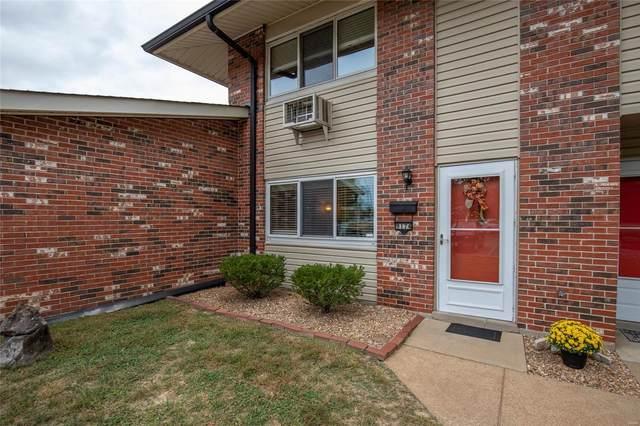9174 Villaridge Court, St Louis, MO 63123 (#20068934) :: St. Louis Finest Homes Realty Group