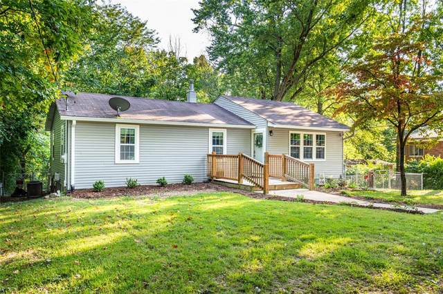 9540 Holy Cross, Fairview Heights, IL 62208 (#20069232) :: Clarity Street Realty