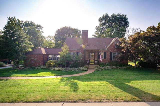 9733 Sappington, St Louis, MO 63128 (#20069556) :: Clarity Street Realty