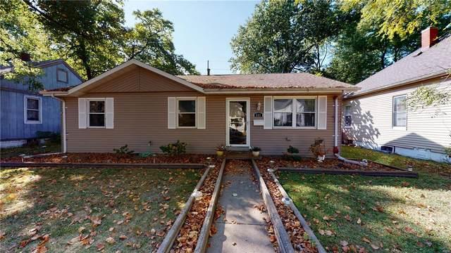 511 E Washington, O'Fallon, IL 62269 (#20070231) :: The Becky O'Neill Power Home Selling Team