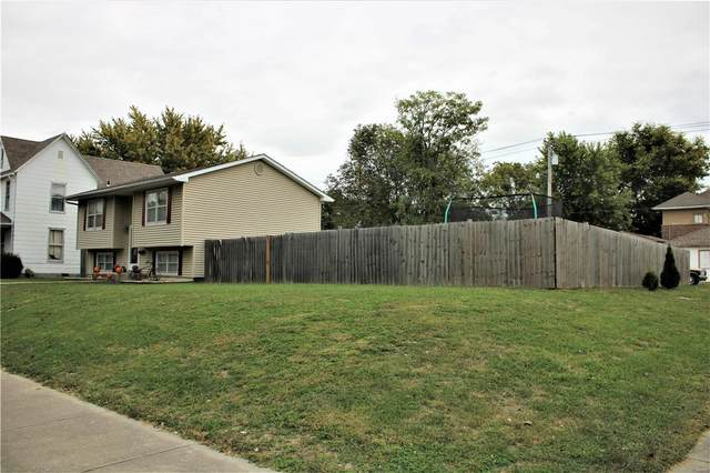 520 S. 4th Street, Moberly, MO 65270 (#20072558) :: The Becky O'Neill Power Home Selling Team