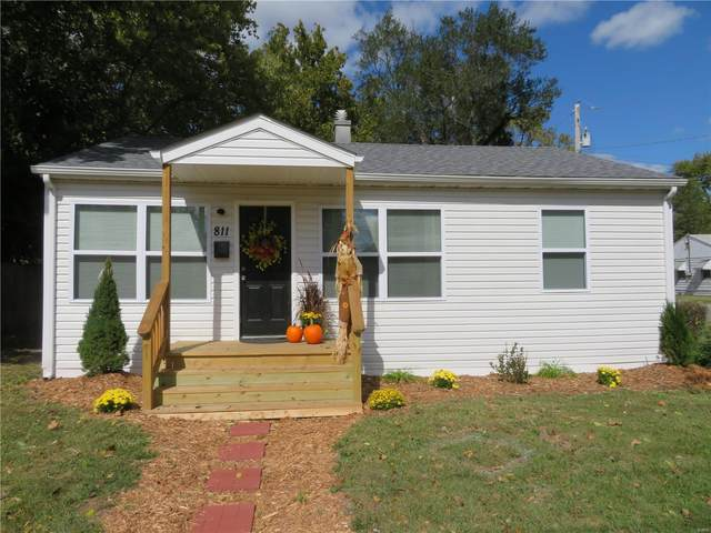811 3rd Street, East Alton, IL 62024 (#20072850) :: Tarrant & Harman Real Estate and Auction Co.